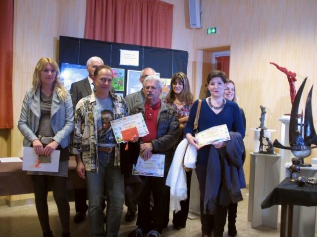 Frédérique Roche Prix de la Ville de Lanta,  art galerie peinture tableaux creation dessin acrylique rêve évasion exposition bienveillance joie